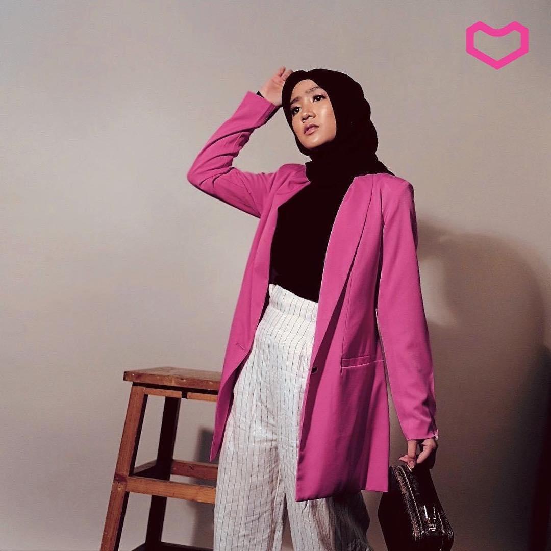blink yang tetap cantik dengan hijab