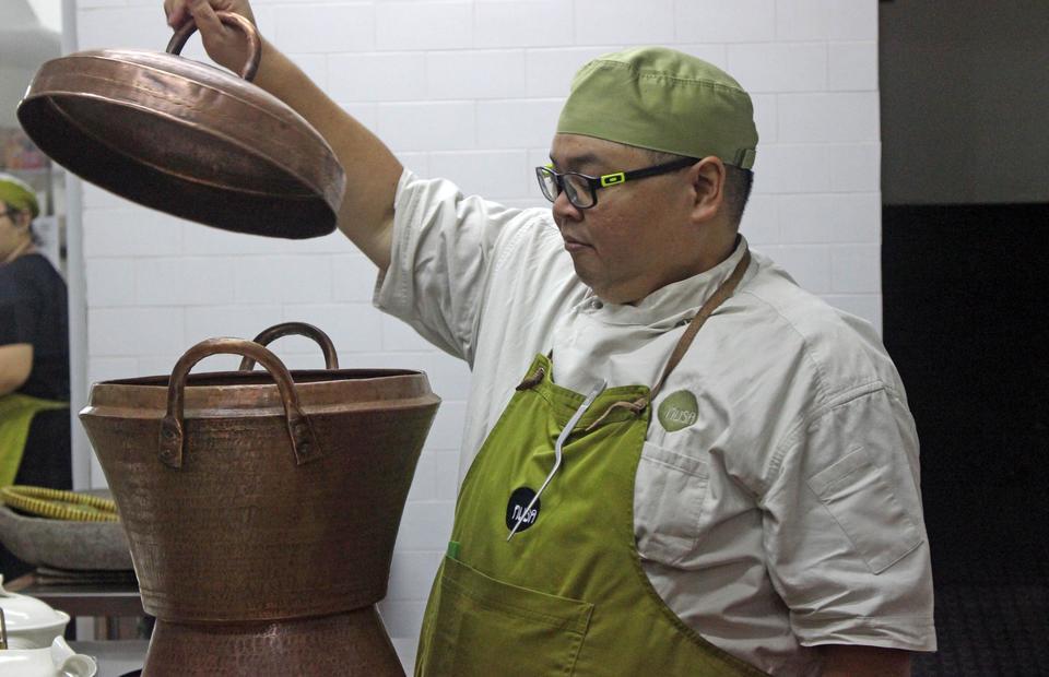 Biodata, Profil, Fakta dan Foto Chef Ragil