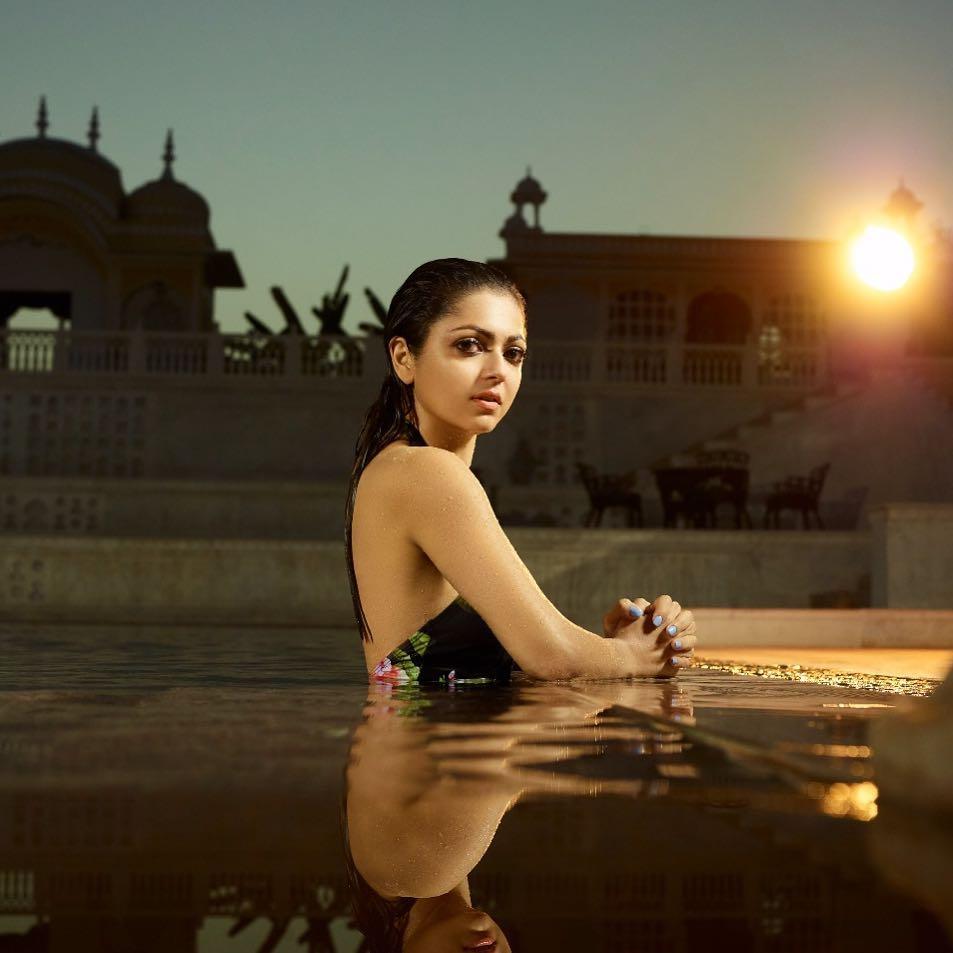 10 Potret Drashti Dhami, Pemeran Nandini di Drama Silsila ANTV