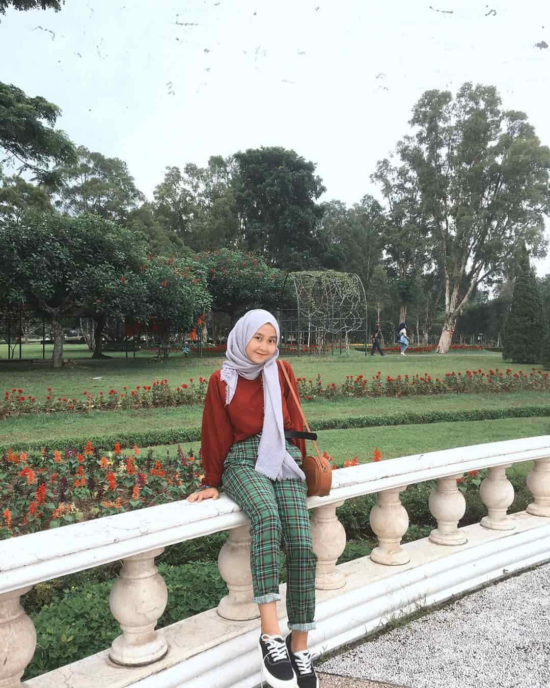 Taman Bunga Nusantara, Pesona Keindahan Taman Berbagai Tema!