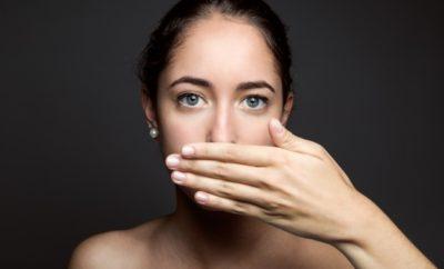 Cara Mencegah Bau Mulut Saat Puasa yang Bikin Gak Pede