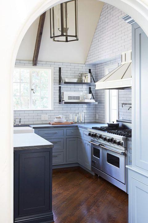 10 Kombinasi Motif Keramik Dapur, Bikin Masak jadi Nyaman