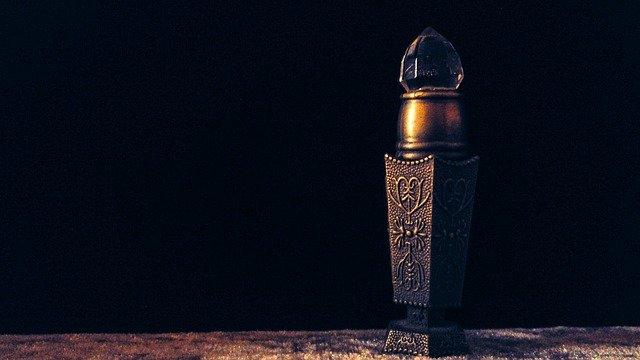 7 Manfaat Minyak Kasturi, Parfum Favorit Nabi Muhammad